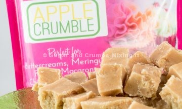 apple-crumble-fudge-by-sugar-and-crumbs