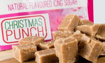 christmas-punch-fudge-by-sugar-and-crumbs