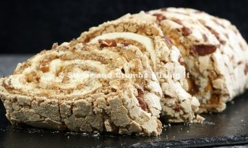 banoffee-meringue-roulade